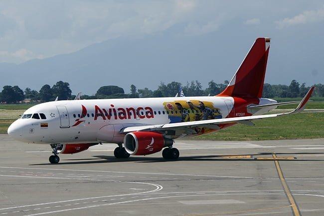 Airbus A319 de Avianca con colores de la selección Colombia de fútbol