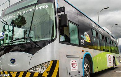 Bus eléctrico del aeropuerto El Dorado