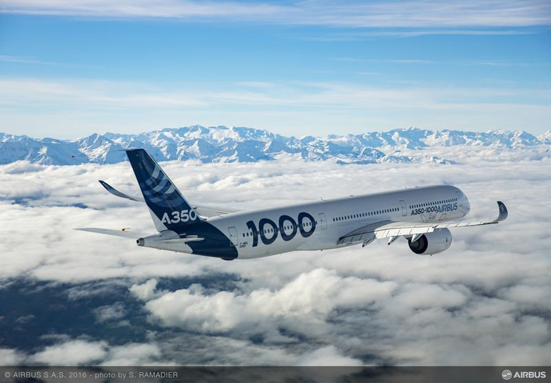 Airbus A350-1000 en vuelo sobre Francia.