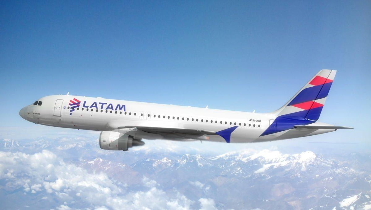 Modelo de un Airbus A320 de LATAM Airlines.