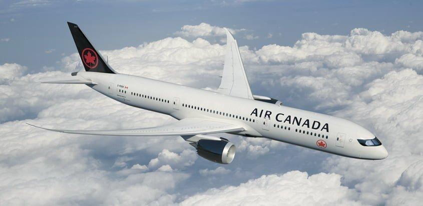 Nuevo esquema de pintura en un Boeing 787 de Air Canada.