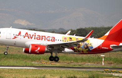 Airbus A319 de Avianca con colores de la Selección Colombia.