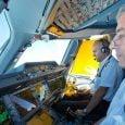 Pilotos en la cabina de un Airbus A350XWB.