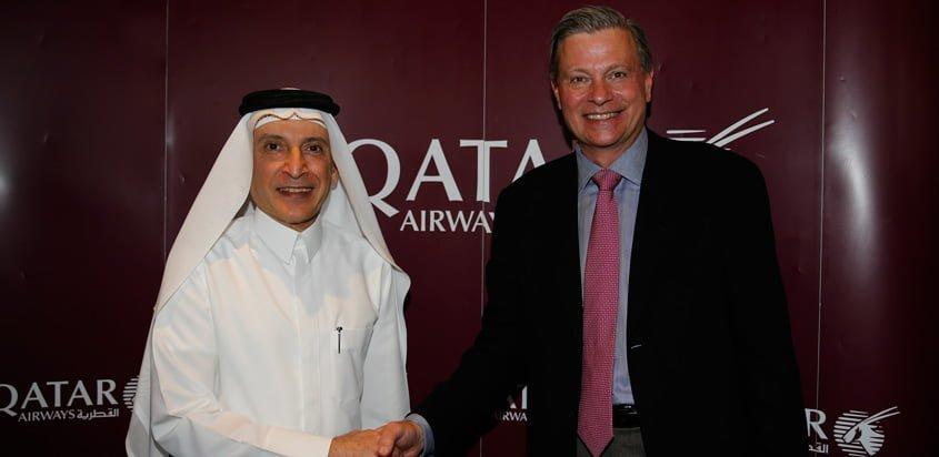 Representantes de Qatar e Inmarsat en el anuncio de la noticia.