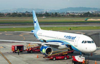 Airbus A320-200 de Interjet en el Aeropuerto Internacional Eldorado de Bogotá.