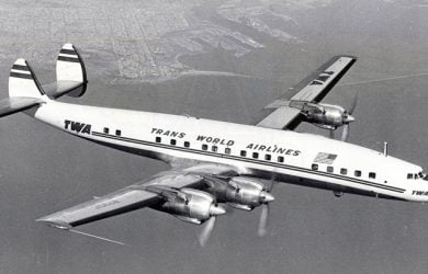 Lockheed L-1649A Starliner de Aerocóndor.
