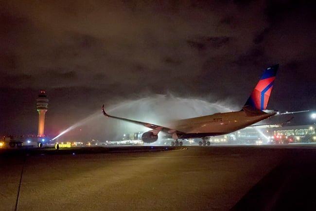 Recibimiento al Airbus A350XWB de Delta en Atlanta, Estados Unidos.