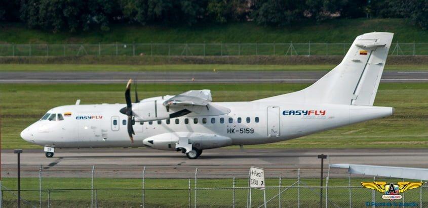 ATR 42 de EasyFly, matrícula HK-5159, en rodaje en Bogotá.