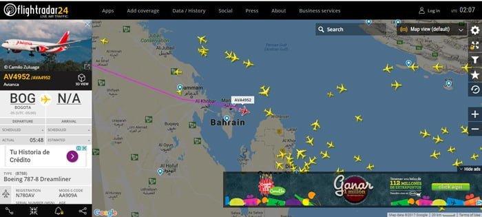 AV4952 pasando por el Golfo Pérsico hacia Catar - Flightrada24