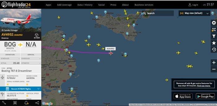 AV4952 pasando por África hacia Malta - Flightrada24