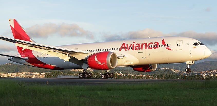 Boeing 787-8 matrícula N780AV que realizó el vuelo desde Bogotá a Abu Dabi.