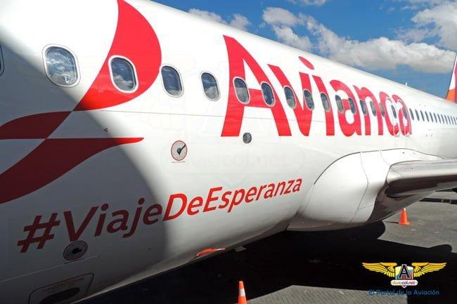 Airbus A320 de Avianca que transporta al Papa Francisco en Colombia.