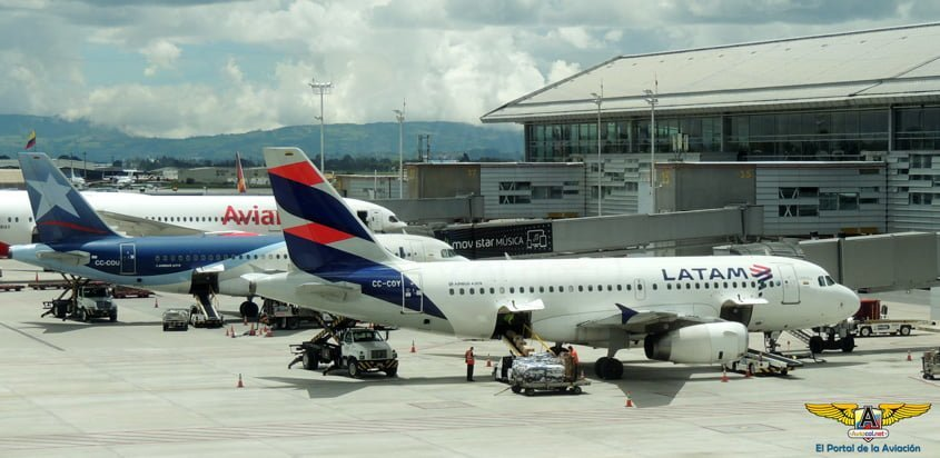 Airbus A319 de LATAM Airlines Colombia.