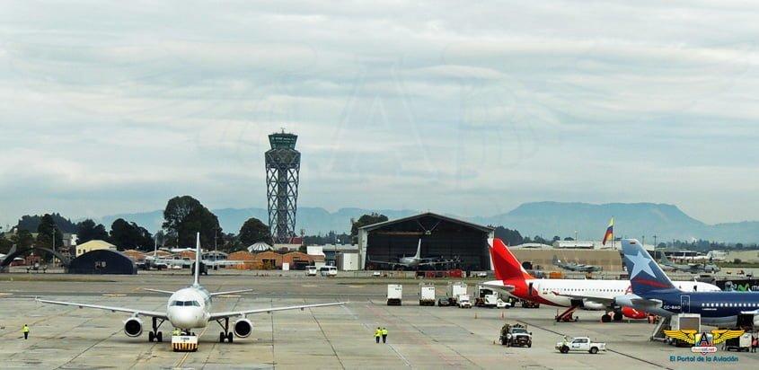 Torre de control del Aeropuerto Internacional Eldorado de Bogotá.