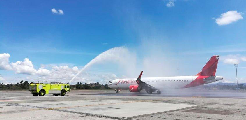 Bautizo del primer vuelo del Airbus A321neo de Avianca.