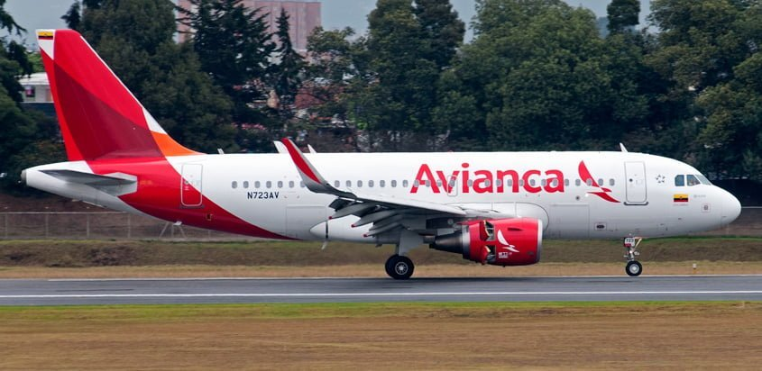 Airbus A319 de Avianca en rodaje.