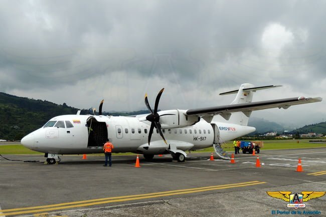 ATR 42-500 de EasyFly luego de aterrizar en Manizales.