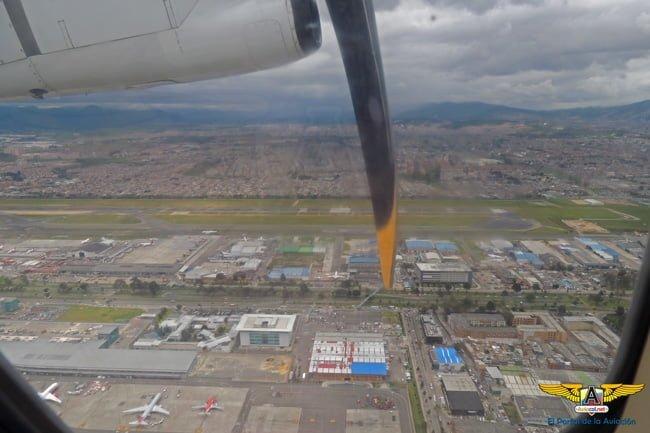 Despegue de Bogotá en el ATR 42-500 de EasyFly.