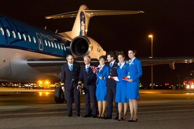 Tripulación de KLM despide al Fokker.