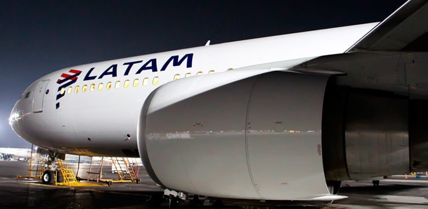 Boeing 767-300ER de LATAM Brasil en México.