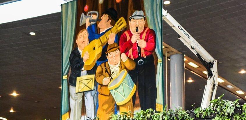 Obra Los Músicos de Botero en Eldorado.