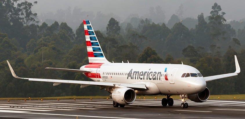 Airbus A319 de American Airlines en Medellín.