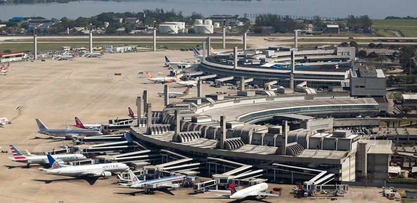 Vista aérea del Aeropuerto Internacional Tom Jobim de Río de Janeiro.