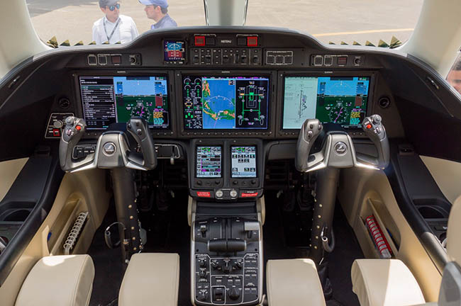 Aero Expo Panamá - Cabina  Honda Jet.