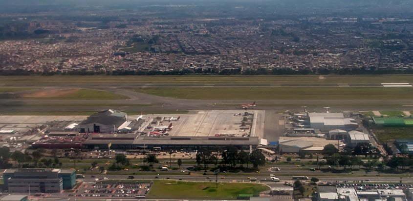 Vista aérea del Terminal Puente Aéreo de Avianca.
