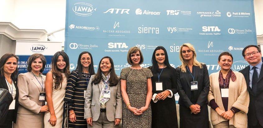 Protagonistas del III Encuentro de Mujeres Líderes en Aviación.