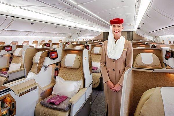 Cabina de Business de Emirates en un Boeing 777-200 como el que volará a Santiago.