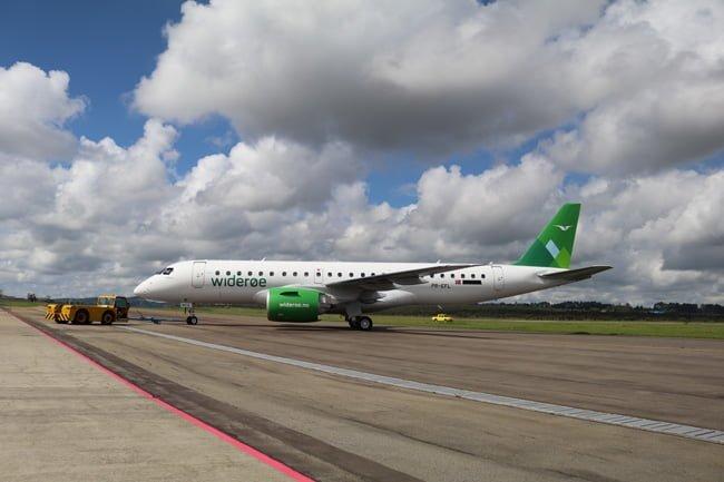 Embraer E190-E2 de Wideroe en su entrega oficial a la aerolínea.