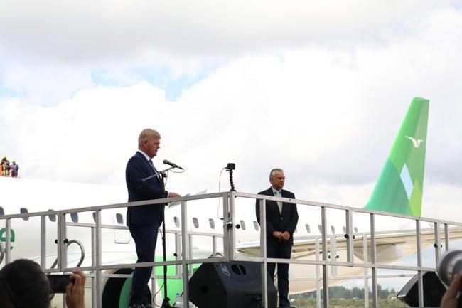 Ceremonia de entrega del Embraer E190-E2.