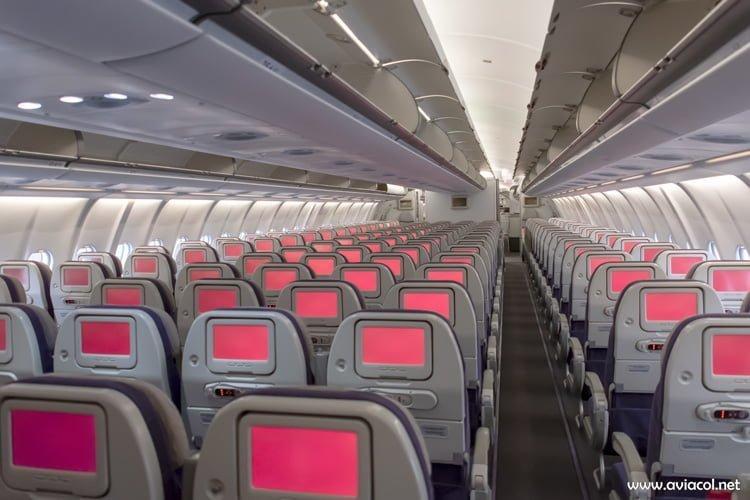 Cabina de Clase Económica del nuevo Airbus A330-300 de Avianca.