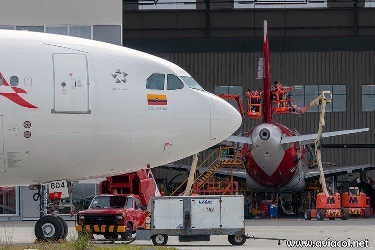 Vista lateral del nuevo Airbus A330-300 de Avianca.