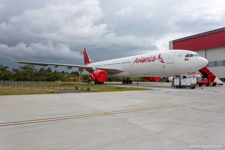 Vista del nuevo Airbus A330-300 de Avianca.