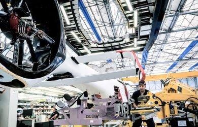 Línea de producción de Airbus Helicopters en Albacete, España.