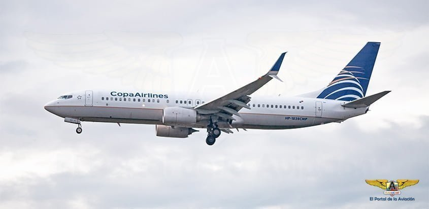 Boeing 737-800 de Copa Airlines aterrizando.