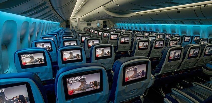 Pantallas individuales en un Boeing 777 de Delta Air Lines.