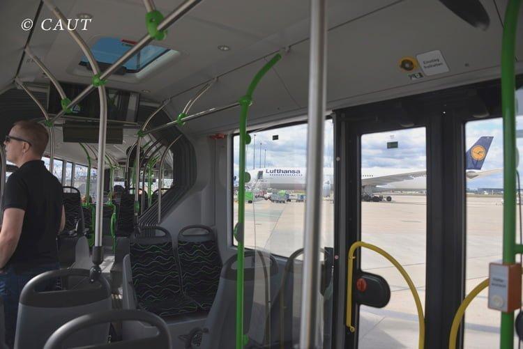 Bus del XXL Tour en Frankfurt.