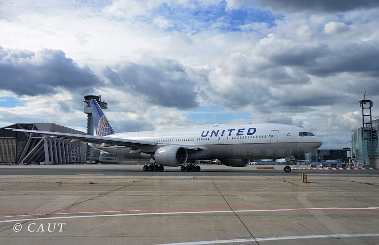 Boeing 777-200 de United Airlines en Frankfurt.