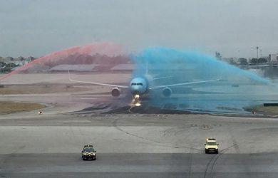 Boeing 767-300 de LATAM Airlines aterrizando en Lisboa, Portugal.