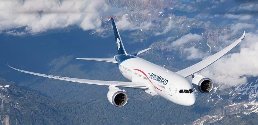 Boeing 787 de Aeroméxico en vuelo.