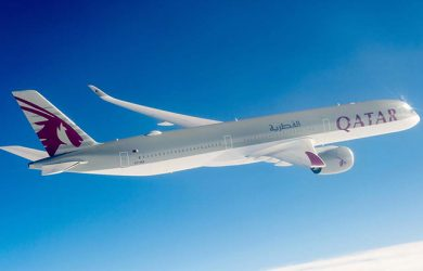 Airbus A350-1000 de Qatar Airways en vuelo.