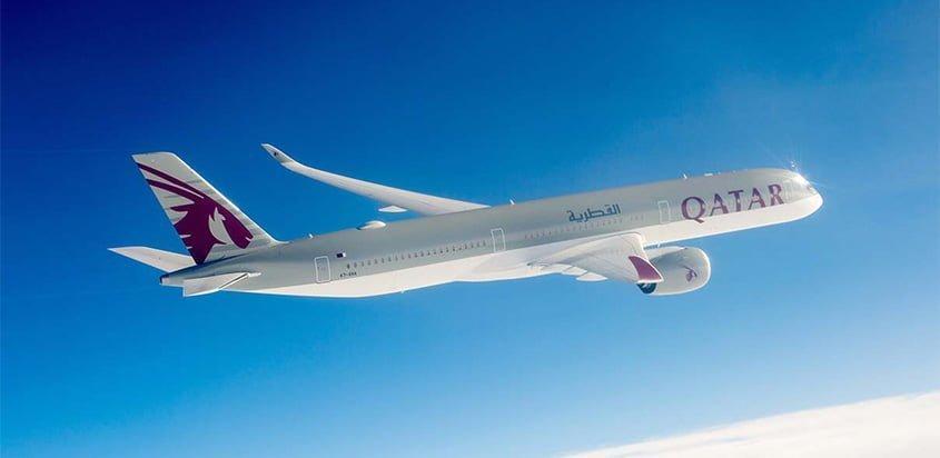 Airbus A350-1000 de Qatar Airways en vuelo.