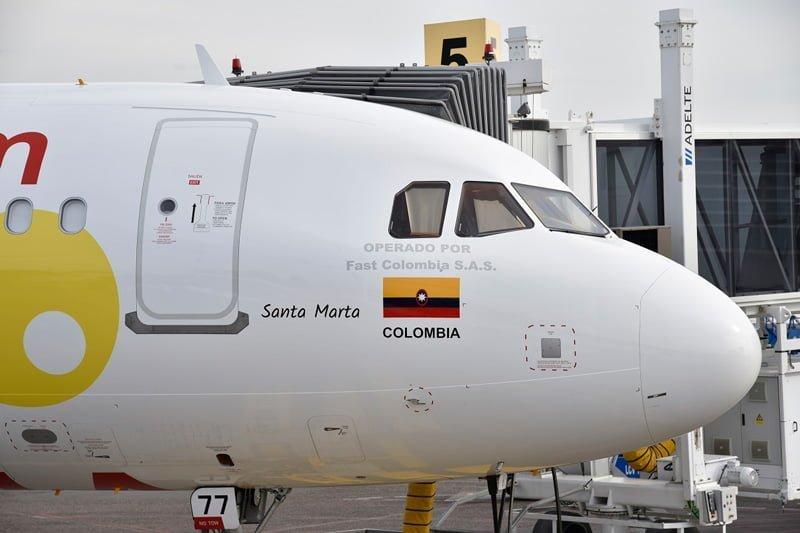 Viva Air Colombia Airbus A320SL HK 5277, bautizo en Santa Marta.