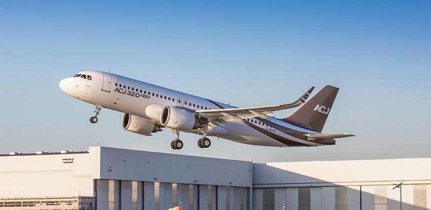 Primer vuelo de Airbus ACJ320neo.