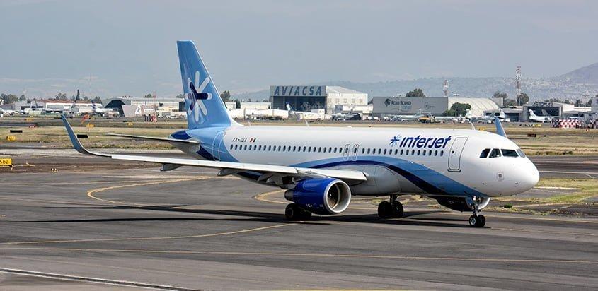 Airbus A320SL de Interjet en rodaje en Ciudad de México.