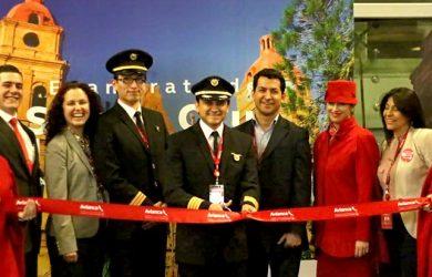 Inauguración del vuelo entre Bogotá y Santa Cruz de la Sierra de Avianca.