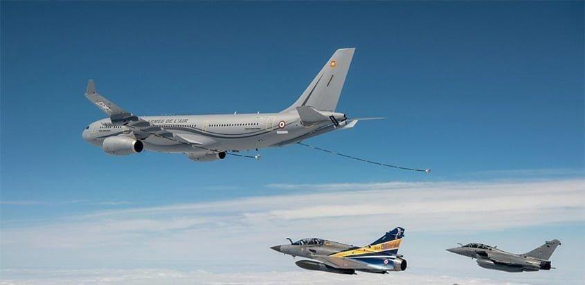 Airbus A330 MRTT de reabastecimiento en vuelo.